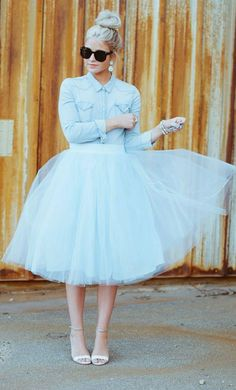 Retro glam with a frosted blue tulle dress, jackie o sunglasses and a sky high top knot. find more women fashion ideas on www.misspool.com