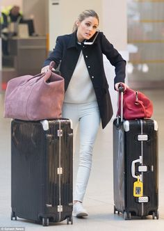 Olivia Palermo wearing Rimowa Limbo Suitcase with Wheels, Louis Vuitton Sofia Coppola Satchel Bag, Kenneth Cole Kam Sneakers, STROM Lambi Cashmere Sweater and Daryl K Classic Stretch-Leather Leggings Estilo Olivia Palermo, Olivia Palermo Outfit, Olivia Palermo Lookbook, Airport Chic, Airport Style, Travel Chic, Travel Style, Celebridades Fashion, Looks Pinterest