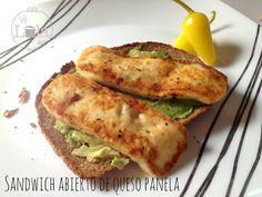Sándwich abierto con panela asada