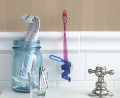 A toothbrush holding a toothbrush? #mindblown