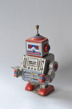 Robot of the week @ Lady Geek