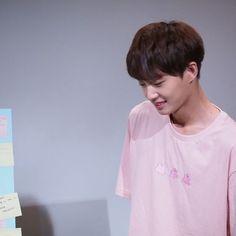 김용국 (Kim Yongguk) Kim Yongguk, What U Want, Kwon Hyunbin, Rhythm And Blues, Music People, Popular Music, Pop Music, Kpop, Produce 101