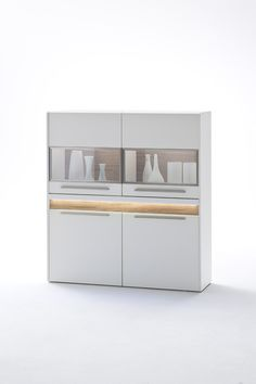 Highboard Velvet II inklusive Fronteffekt LED-Beleuchtung Weiß Matt / Struktur Eiche Modernes Design gepaart mit dem richtigen Materialmix schaffen  ein einzigartiges Wohnerlebnis Passend zur...