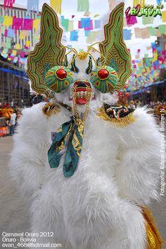 Oso como parte complementaria de la Diablada South American Art, Bear Costume, Fursuit, Mardi Gras, Masquerade, Nativity, Carnival, Folk, Religion