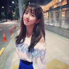 Kim So Hyun.your smile. Cute Korean, Korean Girl, Asian Girl, Korean Beauty, Asian Beauty, Kim So Hyun Fashion, Girl Drama, Kim Sohyun, Kim Yoo Jung
