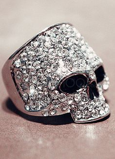 More skull jewelry I should add to my collection.