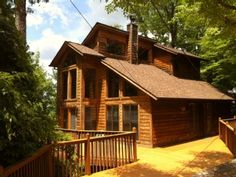 Gatlinburg Cabin Rental: Relaxing Cabin!! Great Mountain Views!! Centrally Located!! Wifi- Hot Tub | HomeAway