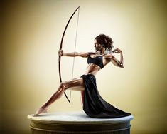 Amazing Photographs Of Athletes Looking Like Classic Greek Statues - DesignTAXI.com