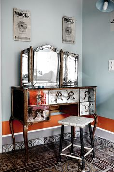 Inside a Magnificent Brussels Home // mirrored vanity
