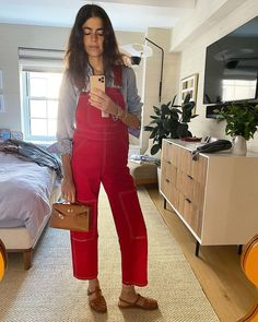 Olivia Culpo, Leandra Medine, Piece Of Clothing, Chic Outfits, Ideias Fashion, Overalls, Capri Pants, Jumpsuit, Spring Summer