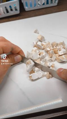 Diy Earrings Polymer Clay, Diy Fimo, Polymer Clay Crafts, Handmade Polymer Clay, Polymer Clay Projects, Polymer Clay Tutorials, Clay Design, Ceramic Clay, Clay Creations
