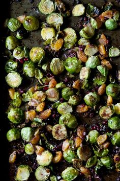 Sweet and Savory Brussel Sprouts   [adapted from Whole Living – Nov 2011 – Roasted Brussel Sprouts and Grapes with Walnuts]