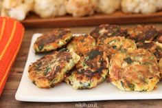 Fried veggie fritters, Quick and Crispy Vegetable Fritters, Veggie Fritters, Restaurant Recipes, Tandoori Chicken, Zucchini, Side Dishes, Fries, Meat, Dinner, Vegetables