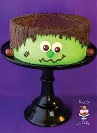 Monster cake! Adorable.  What a great centerpiece for your Halloween Party table!