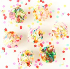 A Kailo Chic Life: Bake It - Abstract Art Cupcakes