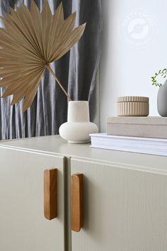 Home Decor Bedroom, Diy Home Decor, Decor Crafts, Ikea Ivar Hack, Do It Yourself Ikea, Ikea Ivar Cabinet, Armoire Ikea, Replacement Furniture Legs, Teak