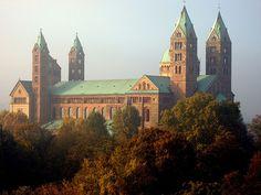 """Dom zu Speyer - Speyerer Dom  """"Kaiser- und Mariendom zu Speyer""""  http://de.wikipedia.org/wiki/Speyerer_Dom"""