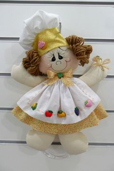 Diy Crafts For Gifts, Arts And Crafts, Doll Patterns, Sewing Patterns, Sewing Crafts, Sewing Projects, Child Doll, Mug Rugs, Fabric Dolls