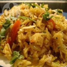 Spicy almond pilaff with chicken