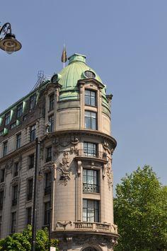 Art Nouveau architecture in London.