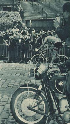 Tour de France 1965. 14-07-1965, 22^Tappa. Versailles - Parigi (cron). Felice Gimondi (1942) [Miroir Sprint] (www.cyclingpassions.eu)