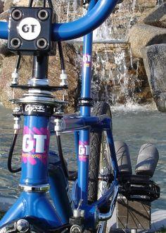 Electric blue GT Pro Freestyle tour bike close up...