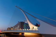 Samuel Beckett brige in Dublin - Мост Бекетта в Дублине Opera House, Ireland, Building, Travel, Viajes, Buildings, Destinations, Irish, Traveling