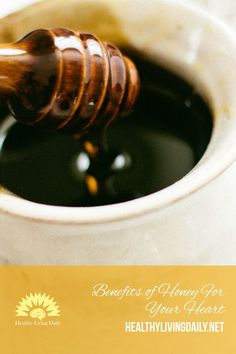Did you know that the polyphenol content of honey acts as an antioxidant that defends our cells from damage and free radical? Read this article to find out more. Causes Of Heart Disease, Niacin Vitamin, Honey Benefits, Heart Muscle, Create A Recipe, Stay In Shape, Health And Wellness, How To Find Out, Healthy Living