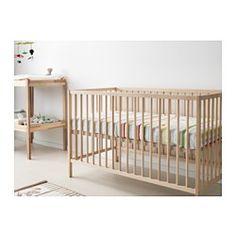IKEA - SNIGLAR, Cuna, , La base de la cuna se puede montar a dos alturas diferentes.Garantiza a tu bebé seguridad y confort, porque los materiales resistentes de la base de la cuna han sido probados para ofrecer el soporte que necesita.La base de la cuna permite que circule el aire y se cree un entorno de descanso agradable para tu hijo toda la noche.