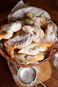 """Photo from album """"Вергуны"""" on Yandex. Bread Recipes, Snack Recipes, Dessert Recipes, Healthy Recipes, Desserts, Homemade Sweets, Whole Wheat Pasta, Romanian Food, Sweet Cakes"""