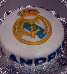 TARTA REAL MADRID Tarta Real Madrid, Birthday Cake, Desserts, Food, Tarts, Tailgate Desserts, Birthday Cakes, Deserts, Essen