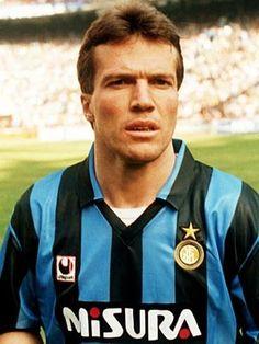 Lothar Matthaus Milan Football, Football Awards, Football Icon, Best Football Players, Football Uniforms, Football Stadiums, Soccer Players, Inter Club, International Soccer
