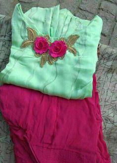 Kerala Saree Blouse Designs, Patiala Suit Designs, Salwar Neck Designs, Kurta Neck Design, Dress Neck Designs, Embroidery Suits Punjabi, Kurti Embroidery Design, Embroidery Fashion, New Style Suits