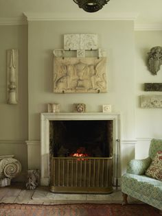 Jamb is home to the finest quality Antique and Reproduction Fireplaces. Explore this range along with our Fire Grates, Reproduction Antique Lighting and Country House Furniture collections. Fireplace Surrounds, Fireplace Design, Georgian Fireplaces, Victorian Townhouse, Georgian Homes, Living Room With Fireplace, Country Fireplace, Contemporary Interior Design, Drawing Room
