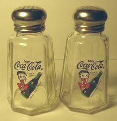 """Coca Cola """"Betty Boop"""" Salt & Pepper Shakers"""