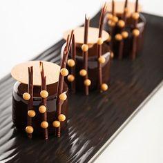 Valrhona Manjari chocolate mousse with creme brûlée and almond cake petit gateaux recipe in the new So Good Magazine #16 available at tienda.vilbo.com @valrhonausa #bachour #valrhona