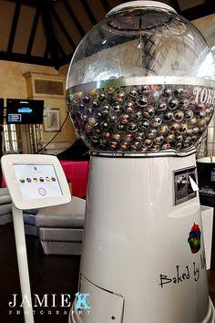Cupcake dispenser!