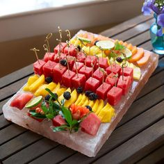 Summer starts now. ☀️ How good does this fruit spread look on our Himalayan Salt Plate? Shop link in bio. Summer starts now. ☀️ How good does this fruit spread look on our Himalayan Salt Plate? Shop link in Himalayan Salt Plate, Clean Recipes, Cooking Recipes, Cooking Ribs, Salt Block Cooking, High Fiber Fruits, Party Food Platters, Fruit Platters, Food Trays