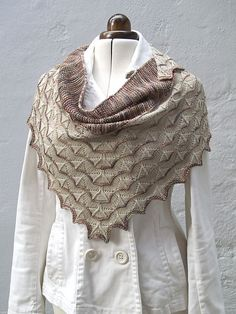 martinmas shawl pattern by Sarah Burghardt...love this stitch for a baby blanket