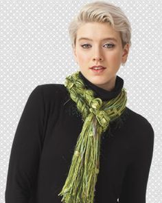 No two scarves will look the same when knit in Bernat Knit or Knot! Perfect for beginners and non-knitters, this easy scarf works up quickly and makes a stylish statement.