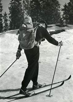 "The Norwegian Tourism Association was founded in 1903. It was a public body created to promote travelling in Norway. The association advertised abroad and in Norway, and published a series of brochures and publications. They had a large photo archive that was used in the promotion of Norway as a holiday destination. This photo belongs to the category ""Skiing, sunshine and children""."