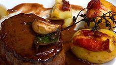 Tornedor de filé-mignon com batata recheada ao brie e presunto de Parma - Que Marravilha! - GNT