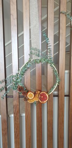 Diy, Wreaths, Home Decor, Christmas Ornaments, Homemade, Decoration Home, Bricolage, Door Wreaths, Room Decor