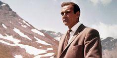 Des interprétations et des acteurs différents, mais toujours charismatiques. Roger Moore, Sean Connery, Casino Royale, Daniel Craig, James Bond, Vanity Fair, Shirley Bassey, Screen Icon, Story Arc