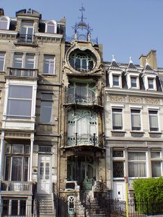 said: you know the art nouveau house with boat balcony in Antwerp you posted? The entire first floor was gutted to put in a renovation company called Movast. Federal Architecture, Interior Architecture, Art Nouveau Architecture, Beautiful Architecture, Famous Buildings, Famous Art, Victorian Homes, My Dream Home, Facade