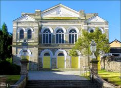 The Methodist Chapel in Bodmin, Cornwall Church Architecture, Landscape Architecture, Truro Cathedral, Cornwall England, Nature Reserve, United Kingdom, Mansions, House Styles, Viajes