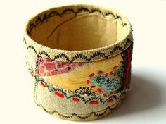 Embroidered cuff. Handmade. Etsy.