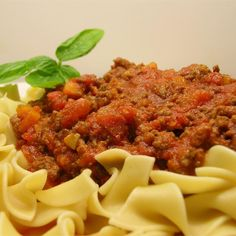 The slow cooker takes the work and mess out of simmering an Italian-inspired Bolognese meat sauce that's perfect for ladling over a plate of hot pasta. Crock Pot Slow Cooker, Crock Pot Cooking, Slow Cooker Recipes, Italian Recipes, Crockpot Recipes, Cooking Recipes, Italian Dishes, Slow Cooker Bolognese, Bolognese Recipe