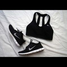 All black errythang #fitnessrich #Padgram