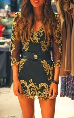 Pretty casual mini dress for party with waist belt